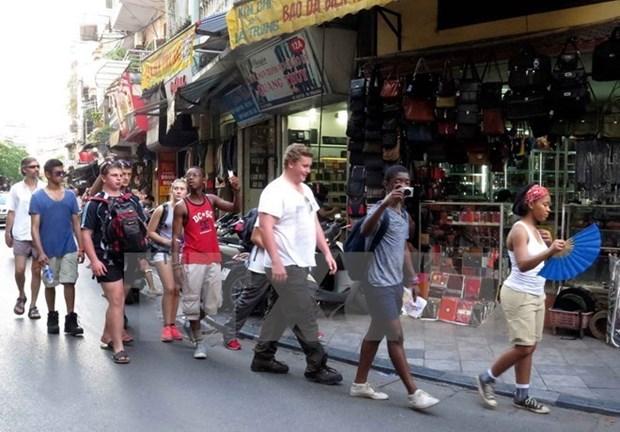 2017年3月河内市接待国际游客量环比增长21.8% hinh anh 1