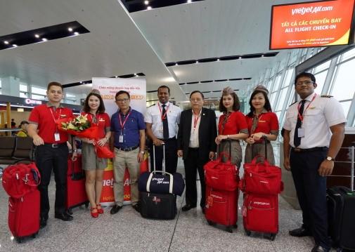 越捷航空公司正式开通河内市至柬埔寨暹粒市直达航线 hinh anh 1