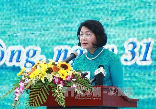 越南国家副主席邓氏玉盛出席2017年出海谋生节 hinh anh 1