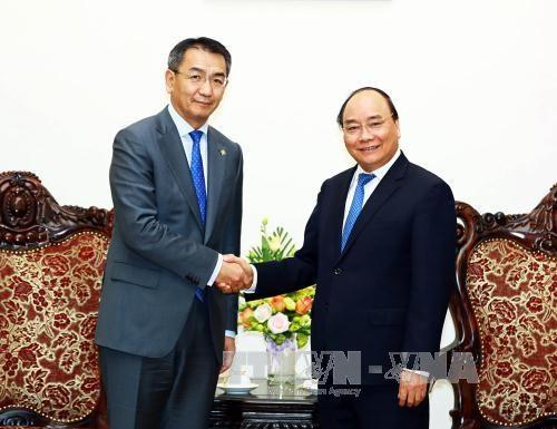越南政府总理阮春福会见蒙古国外长蒙赫奥尔吉勒 hinh anh 1