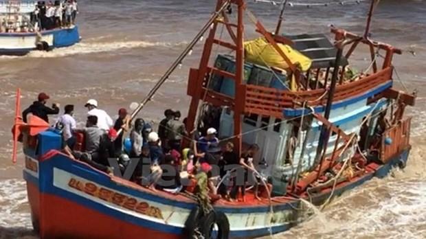薄辽省发生严重沉船事故 政府总理指导全力做好救援和善后工作 hinh anh 1