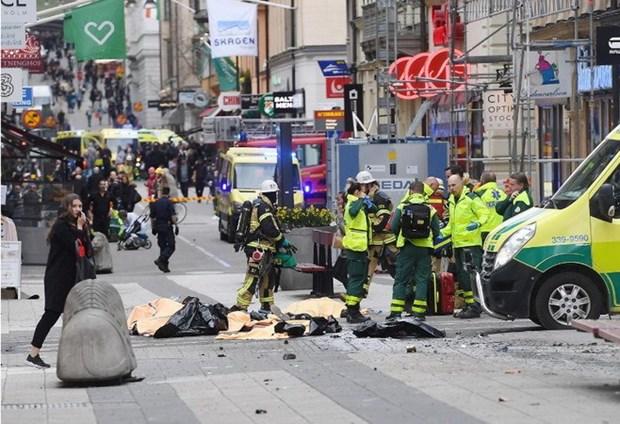 越南强烈谴责瑞典斯德哥尔摩卡车袭击事件 hinh anh 1