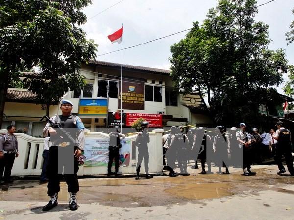 印尼警方消灭6名疑似IS武装人员 hinh anh 1