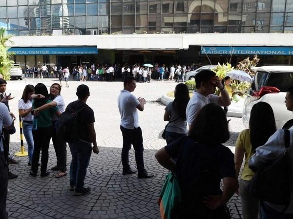 菲律宾发生6级地震摧毁大量房屋 hinh anh 1