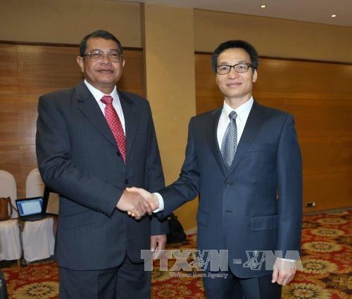 越南与柬埔寨加强打击跨境毒品犯罪的合作 hinh anh 1