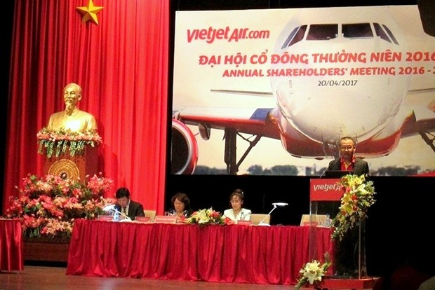 2017年越捷航空公司力争实现营业额达18亿美元的目标 hinh anh 1