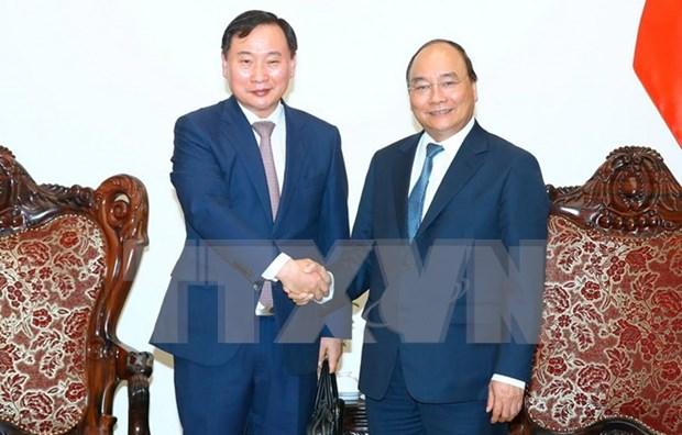 越南政府总理阮春福会见韩国现代汽车集团总裁 hinh anh 1