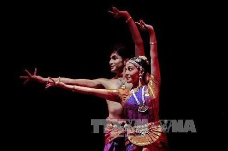 印度传统古典舞蹈表演会在河内举行 hinh anh 1
