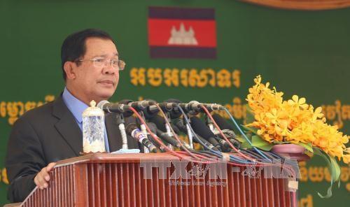 越南与柬埔寨跨境大桥正式竣工通车 hinh anh 3