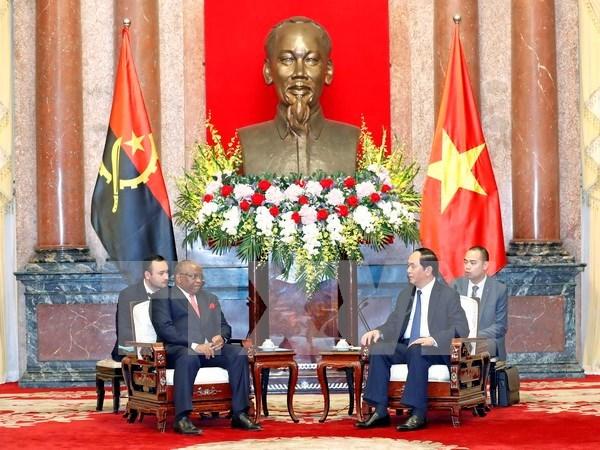 国家主席陈大光会见安哥拉外交部长希科蒂 hinh anh 1
