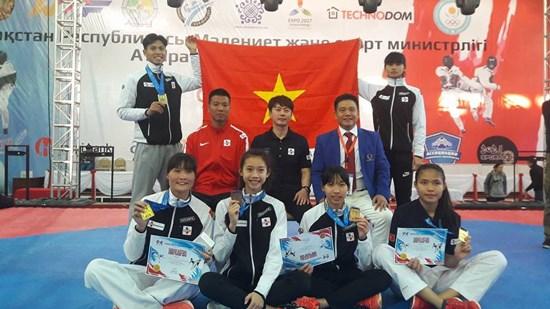 2017年哈萨克斯坦G1跆拳道公开赛:越南队获5金 hinh anh 1