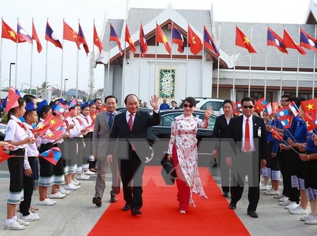 阮春福总理访问柬老两国 进一步增进越柬和越老团结友好关系和政治互信 hinh anh 1