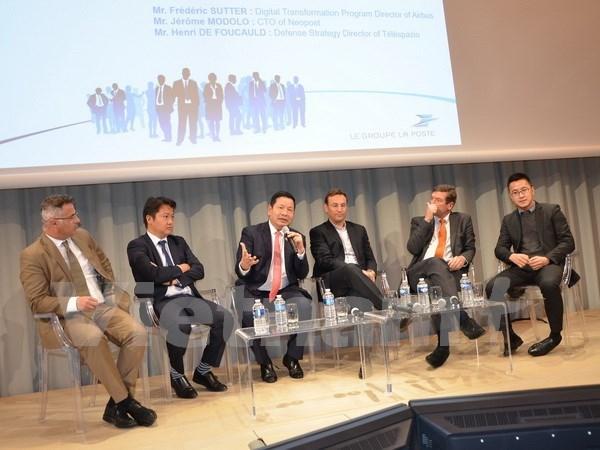 越南FPT集团与法国企业加强合作 hinh anh 1