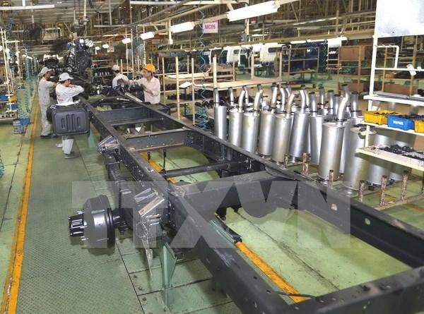 2017年4月全国工业生产指数小幅增长 hinh anh 1