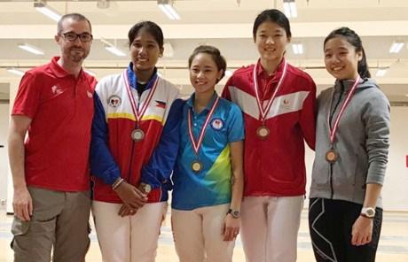 2017年新加坡击剑公开赛:越南队夺得三枚金牌 hinh anh 1