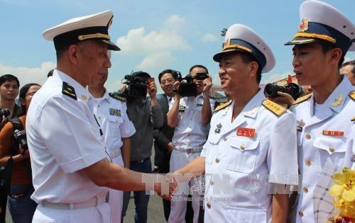 中国海军舰艇编队访问越南胡志明市 hinh anh 3
