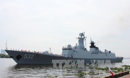 中国海军舰艇编队访问越南胡志明市 hinh anh 1