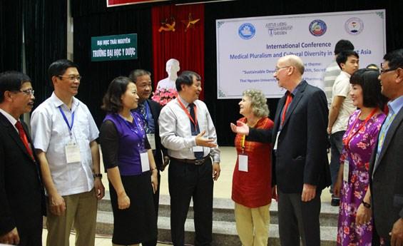 """""""东南亚地区传统医学、本地知识和生计知识""""国际研讨会在太原省举行 hinh anh 1"""