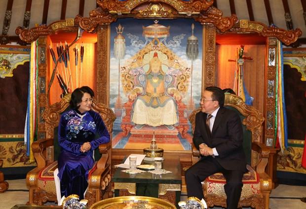 越南国家副主席邓氏玉盛分别会见蒙古国领导人 hinh anh 4