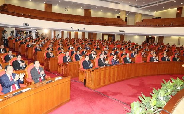 越共第十二届五中全会落幕 发布三项经济决议 hinh anh 4