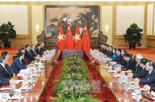 越南国家主席陈大光与中共中央总书记、中国国家主席习近平举行会谈 hinh anh 1