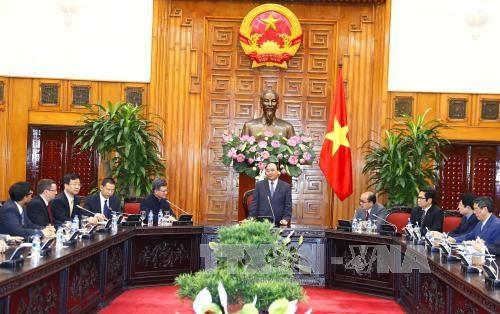政府总理阮春福会见中国香港贸易发展局主席罗康瑞 hinh anh 1