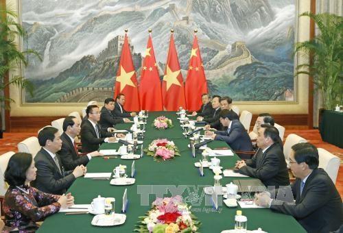 国家主席陈大光会见中国全国人大常委会委员长张德江 hinh anh 2