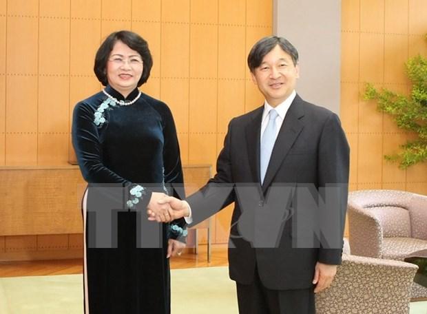 日本天皇明仁:日本一向重视对越合作 hinh anh 1