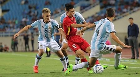 越南U23足球队以0比5输给阿根廷U20足球队 hinh anh 1