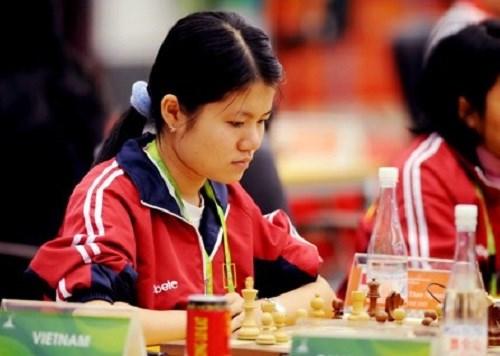 2017亚洲国际象棋个人锦标赛:范黎草原击败中国棋手雷挺婕 hinh anh 1