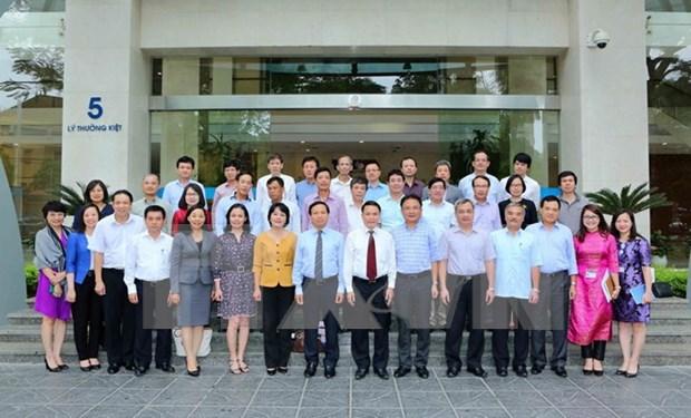 越通社社长与越通社驻外机构首席代表会面 hinh anh 1