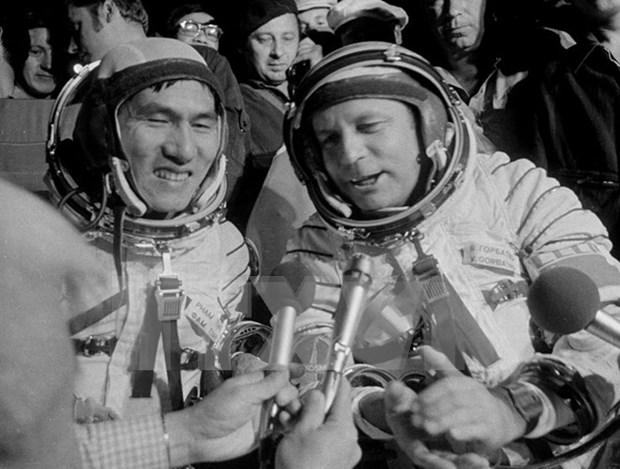 陈大光就俄宇航员戈尔巴特科逝世向俄罗斯总统普京致慰问电 hinh anh 1
