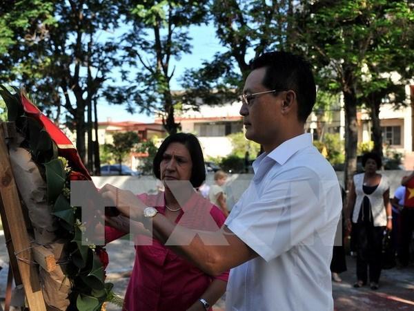 胡志明主席诞辰127周年纪念活动在古巴和印度等国举行 hinh anh 1