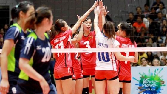 亚洲U23女排赛:越南女排斩获季军 hinh anh 1