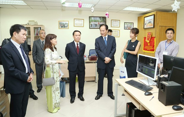 越通社与新华社签署新合作协议 hinh anh 4