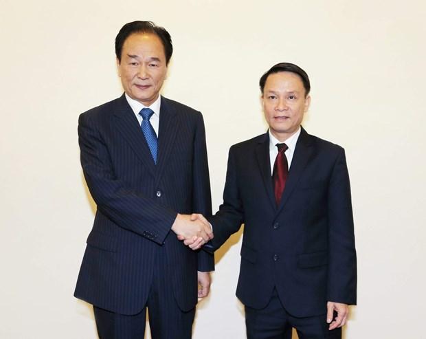 越通社与新华社签署新合作协议 hinh anh 1