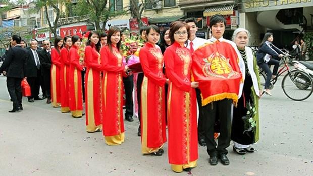 越族的婚俗 hinh anh 1