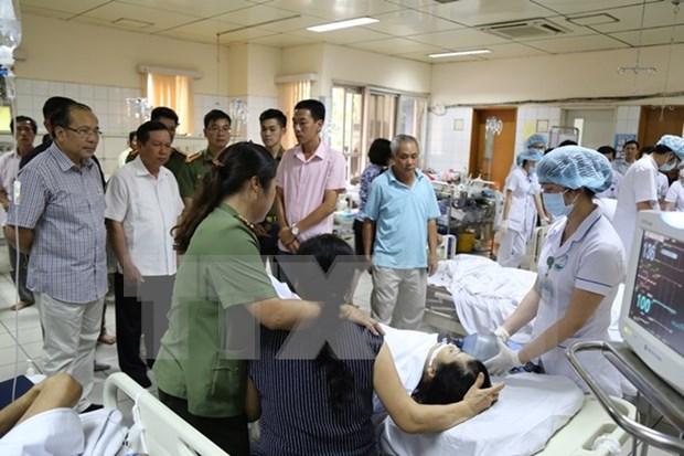 武德儋副总理指导解决和平省综合医院严重医疗事故 hinh anh 1