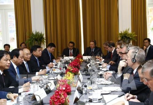越南政府总理阮春福:欢迎美国企业对越南投资 hinh anh 1