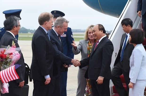 阮春福总理抵达华盛顿开始系列会见活动 hinh anh 1
