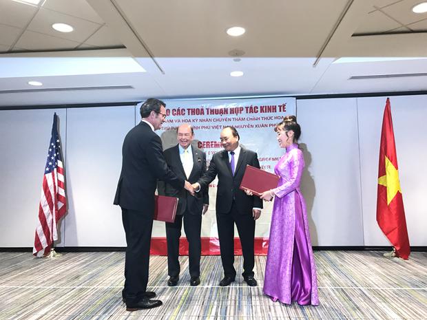 越捷航空公司与美国伙伴签署总额为47亿美元的贸易合同 hinh anh 1