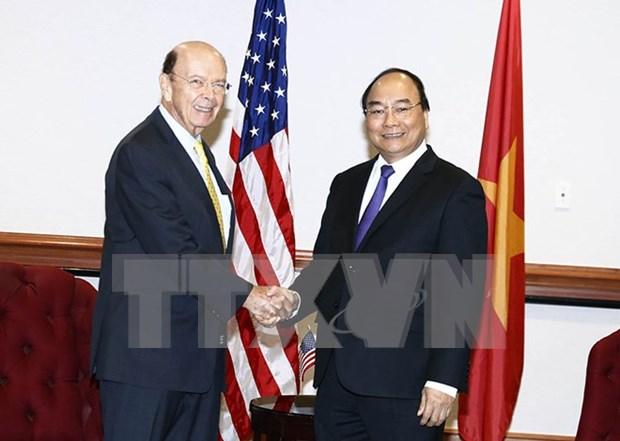 越南政府总理阮春福会见美国商务部部长罗斯 hinh anh 1
