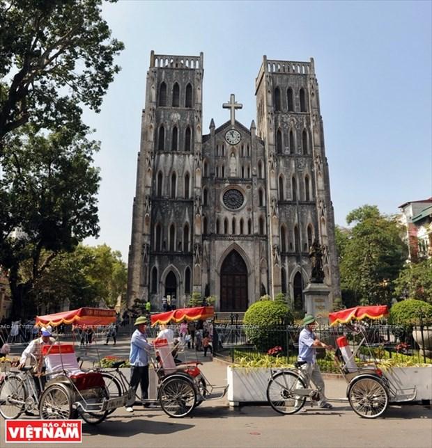 河内大教堂—穿越三个世纪的落脚点 hinh anh 1