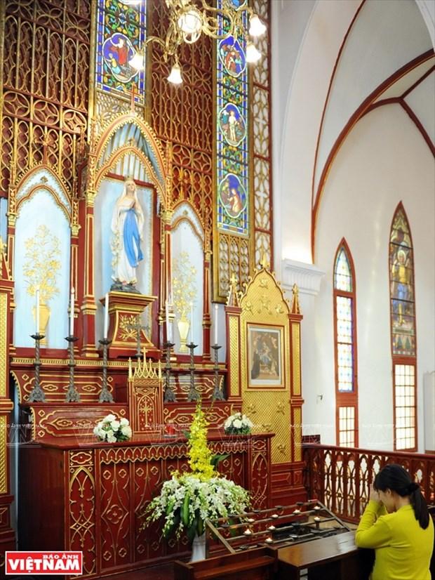 河内大教堂—穿越三个世纪的落脚点 hinh anh 10