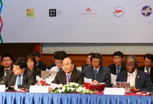 2017年越南企业中期论坛即将举行 hinh anh 1