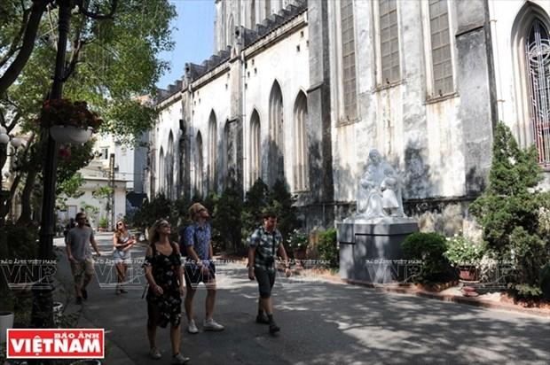河内大教堂—穿越三个世纪的落脚点 hinh anh 7