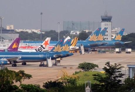交通运输部向政府报告新山一机场跑道建设方案 hinh anh 1