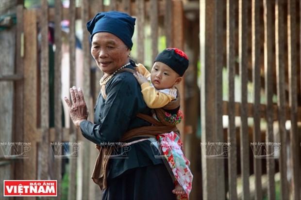 河江市的草屋村——国内外游客的有趣旅游点 hinh anh 8