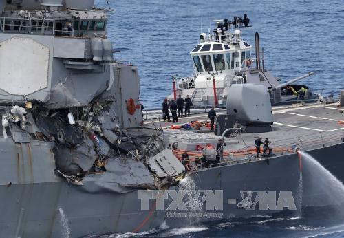 美驱逐舰与菲货船相撞:7名美军失踪士兵遗体寻获 hinh anh 1