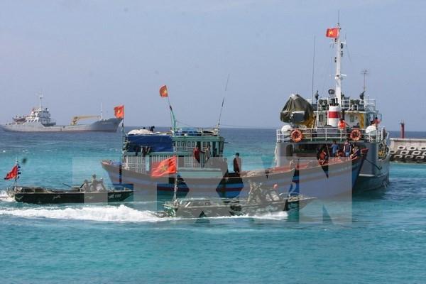 越南清化省加大对边界与海岛地区干部及居民的法律宣传力度 hinh anh 1